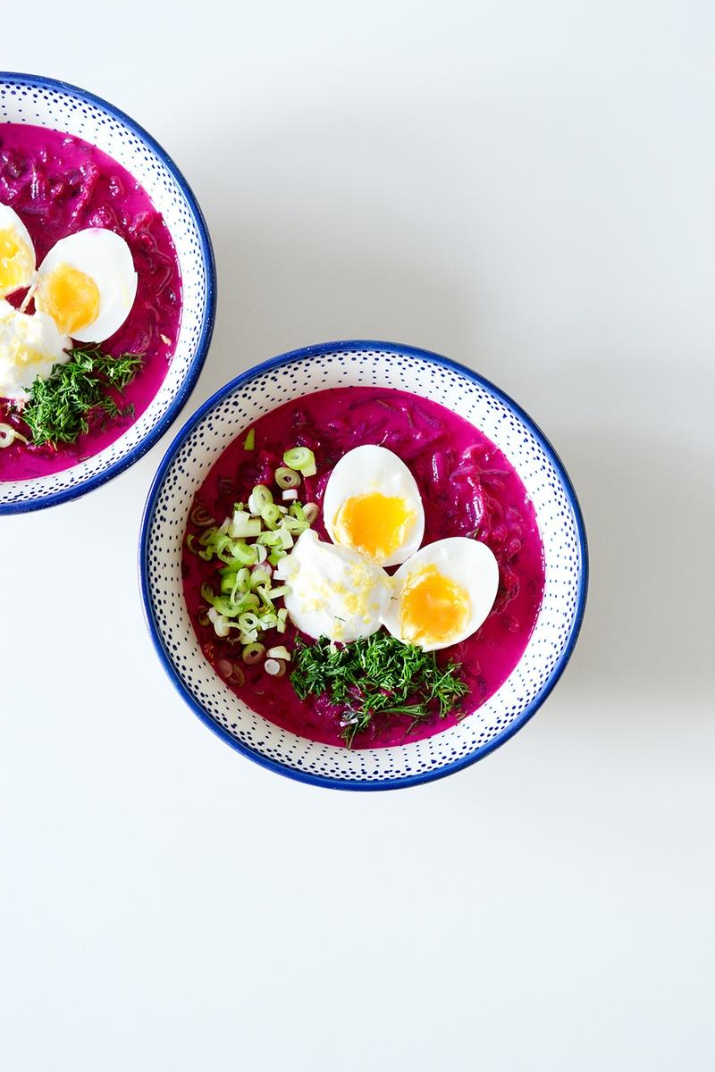 Rezept Kalte Rote Bete-Suppe mit Buttermilch und weichgekochtem Ei - Chłodnik