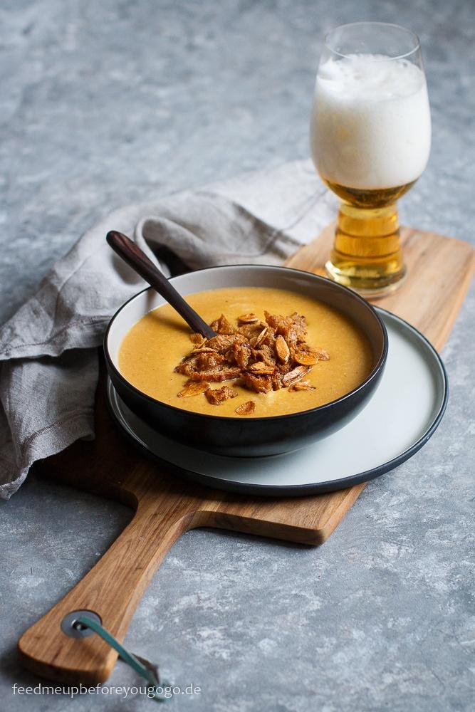 Rezept Käse-Bier-Suppe mit Apfel und Knoblauchchips