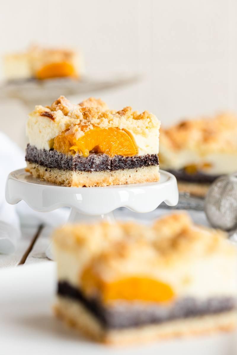 Rezept Käsekuchen mit Mohn und Pfirsichen