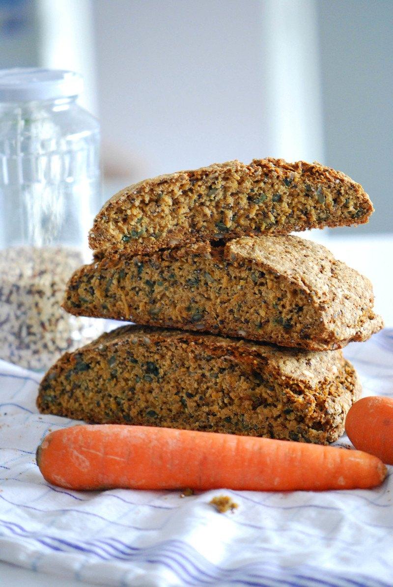 Rezept Kerniges Möhren-Quinoa-Brot [Glutenfrei abwandelbar!]