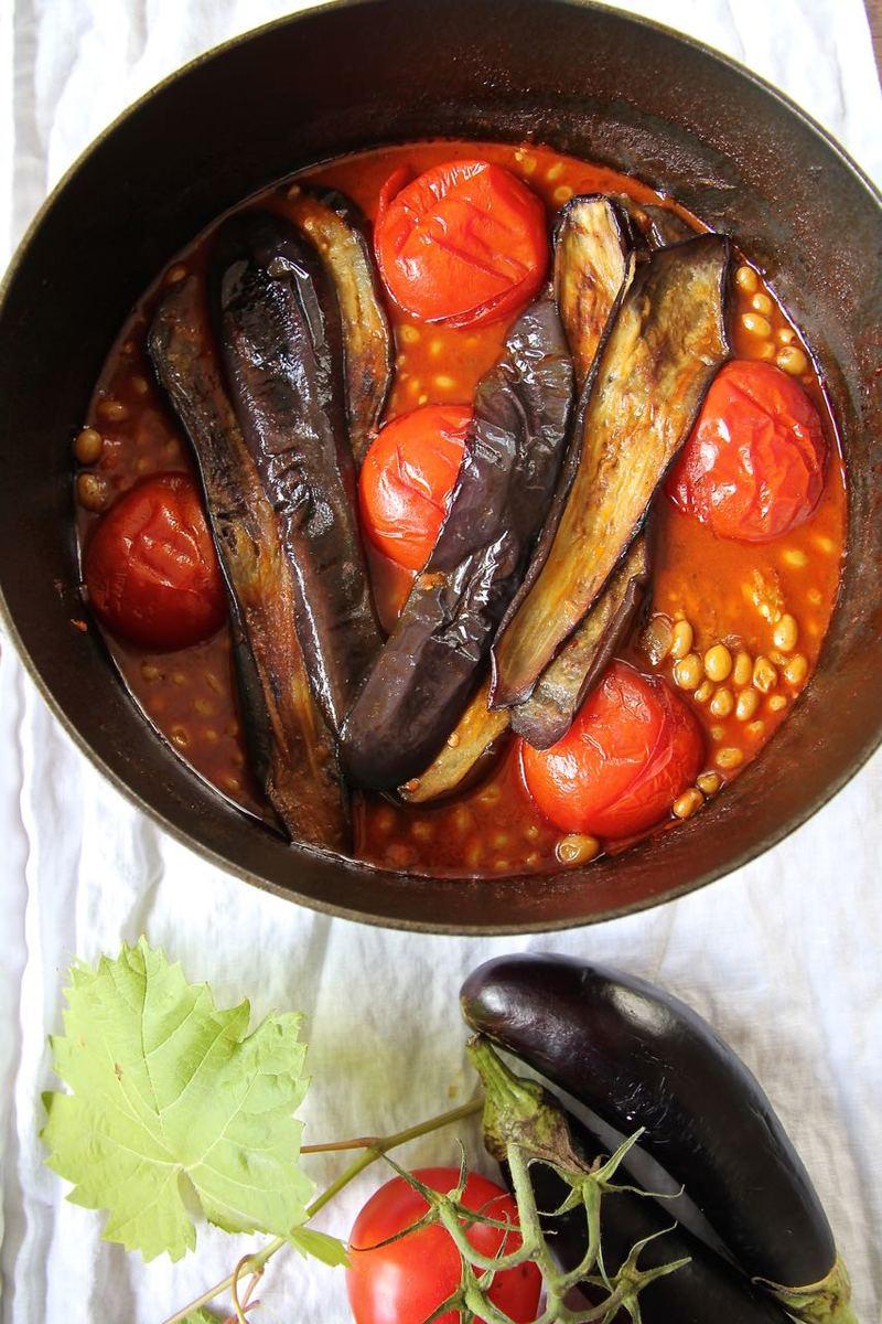 Rezept Khoresht-e Bademjan - persischer Lamm-Auberginen-Eintopf mit Verjus