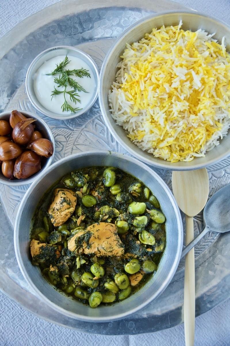 Rezept Khoresht-e Baghali - Dicke-Bohnen-Ragout mit Safran-Huhn