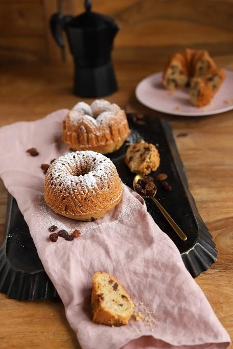 Rezept Kleine Gugelhupfe mit Rosinen und Schokolade