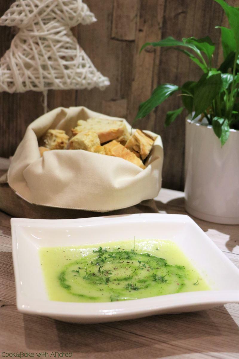 Rezept Kohlrabi-Suppe mit Kräuterpesto