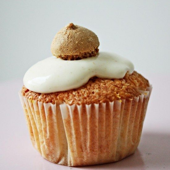Rezept Kokos Ingwercupcake mit Kürbisherz, Ingwericing und Amarettokrone