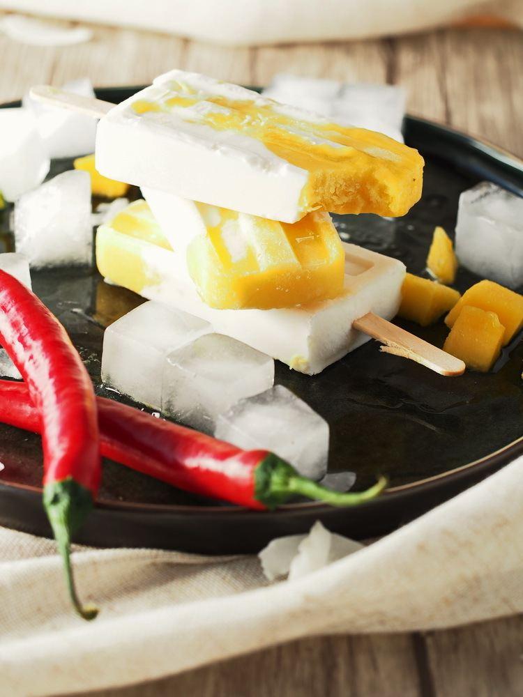 Rezept Kokos-Mango-Popsicles mit Chilli
