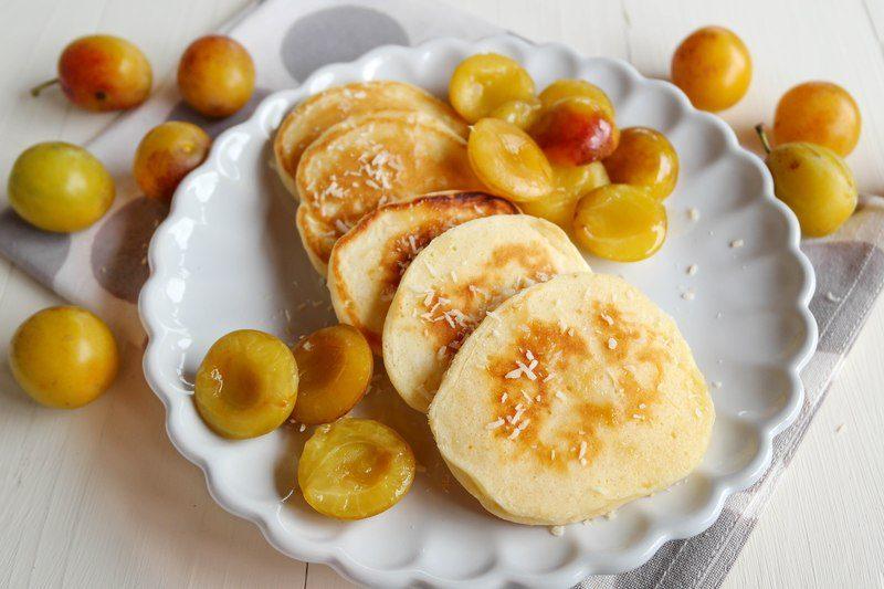 Rezept Kokos-Pancakes mit Mirabellen