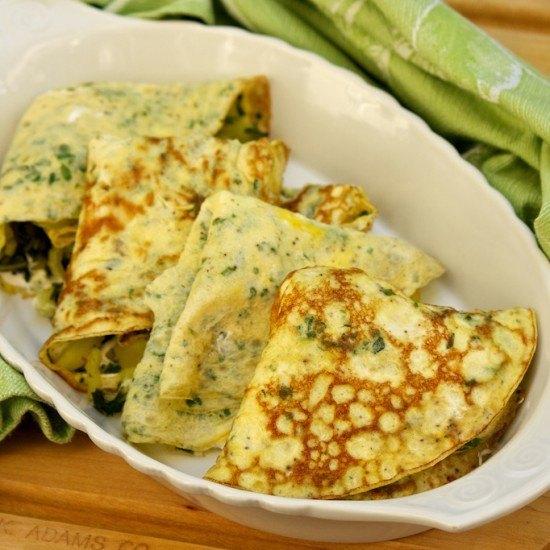 Rezept Kraeuter-Omelettes mit Mangold und Saffran-Kartoffeln