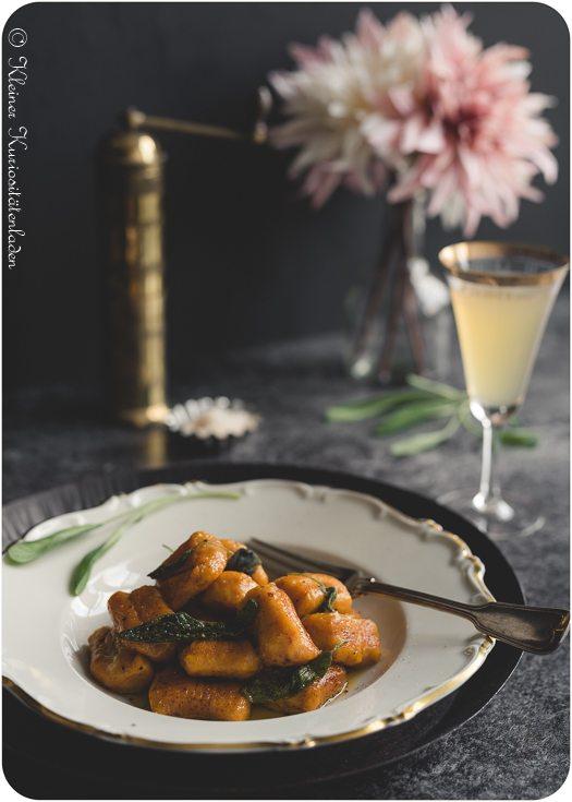 Rezept Kürbis-Kartoffel-Gnocchi mit Salbeibutter