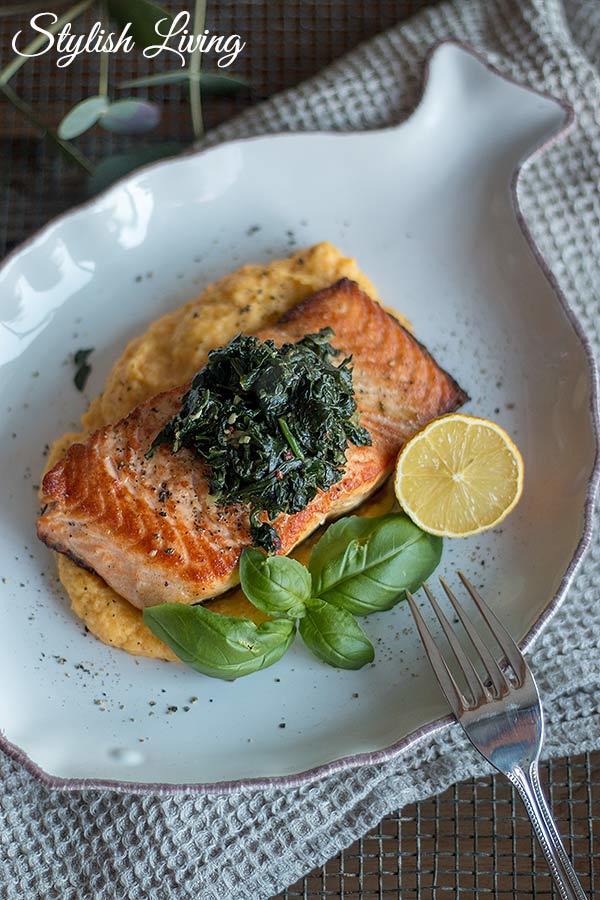 Rezept  Lachs auf Pastinaken-Karotten-Püree und Blattspinat