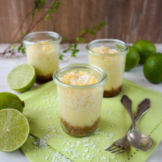 Rezept Limetten-Kokos-Cheesecakes im Glas