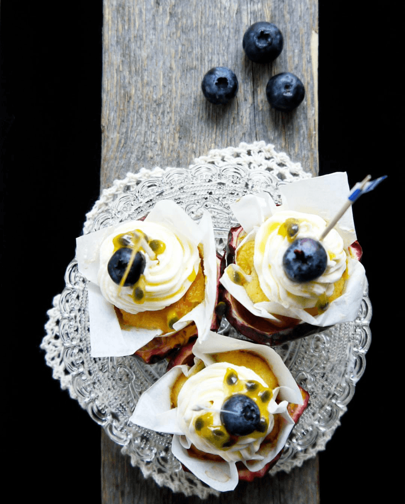 Rezept Limo-Maracuja Minicupcakes, mit Saure Sahne Frosting