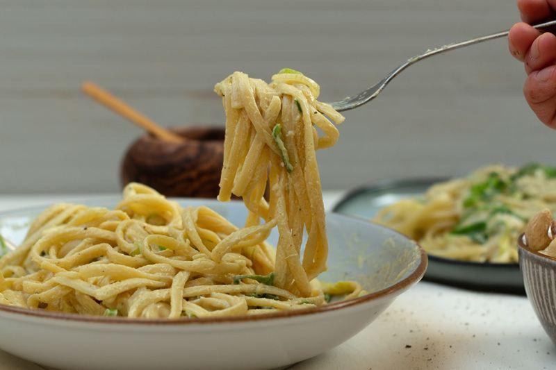 Rezept Linguine mit veganer Käse-Lauch-Sauce