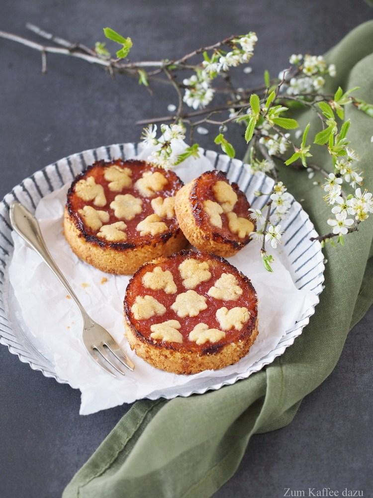 Rezept Linzer Torte mit Rhabarber und Cashews