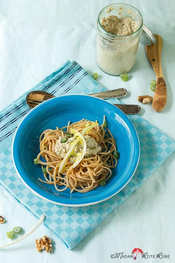 Rezept Löwenzahn-Pesto auf Pasta
