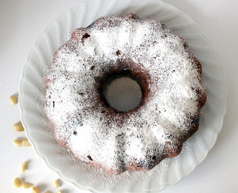 Rezept Macadamia und weisse Schokolade Gugelhopf