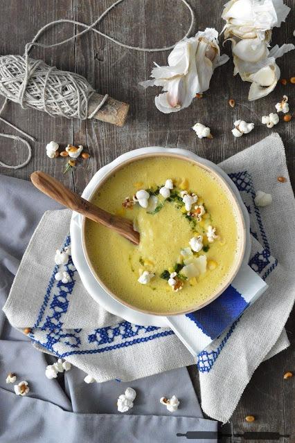 Rezept Mais Suppe mit Popcorn und Käse