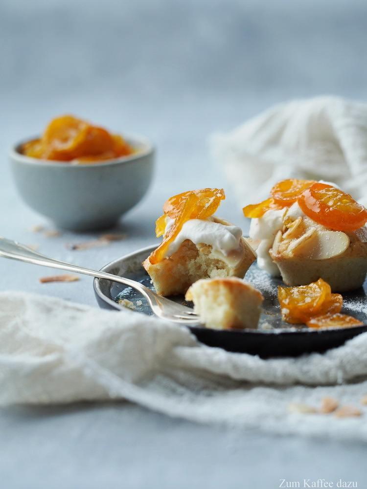 Rezept Mandelmuffins mit Kumquatmarmelade und Sahne