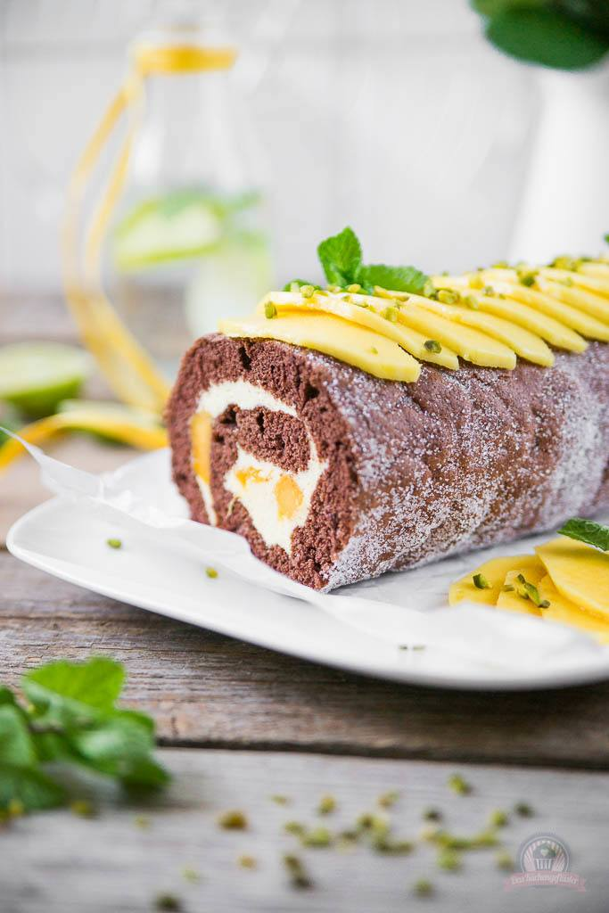 Rezept Mango-Mousse Schokorolle