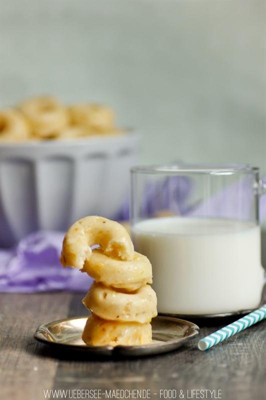 Rezept Mini-Donuts mit saurer Sahne aus dem Ofen