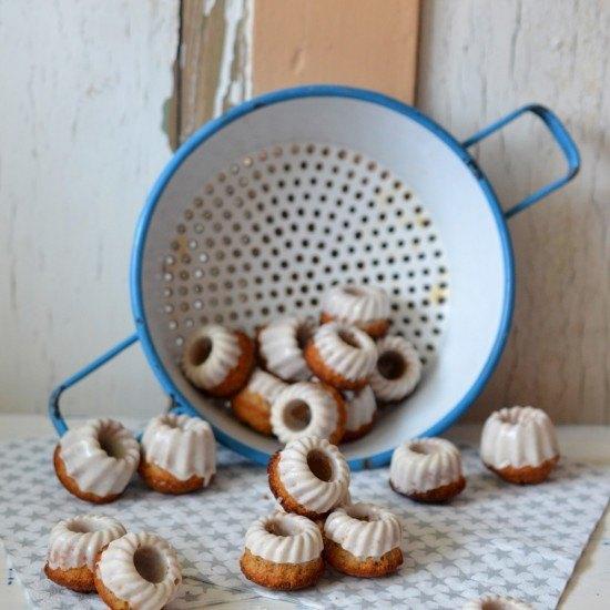 Rezept Mini-Gugl mit Haselnüssen und Lebkuchengewürz