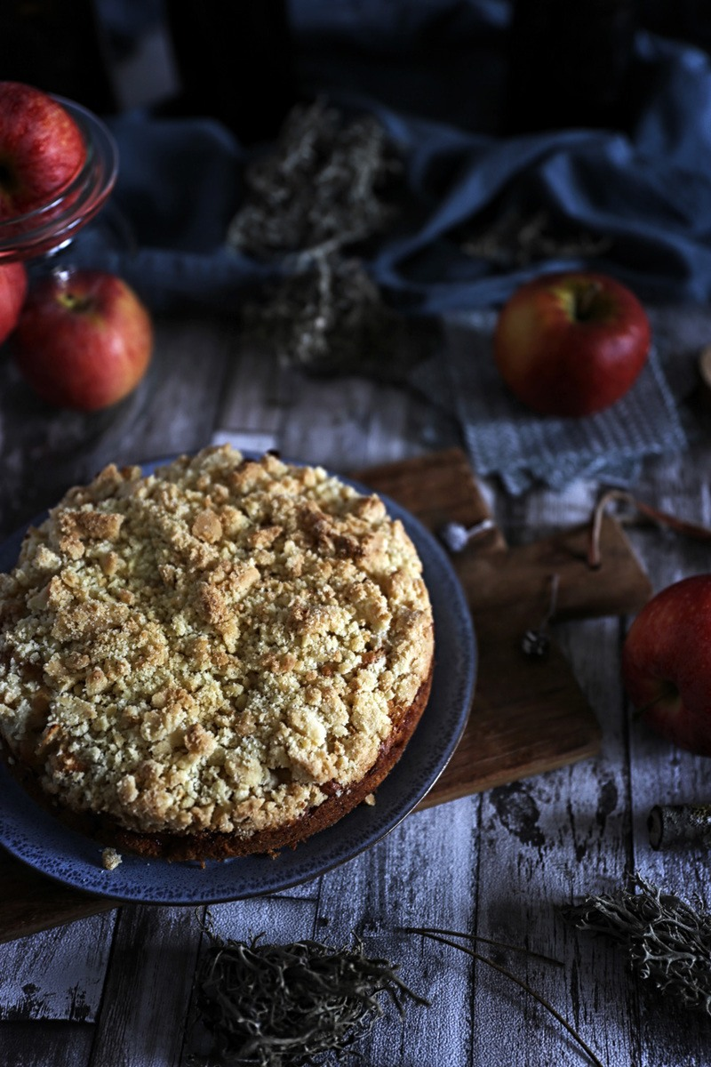 Rezept Mini Streuselkuchen gefüllt mit Rum-Äpfeln