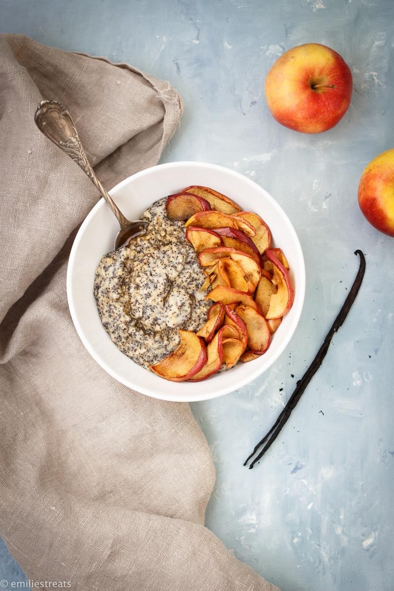 Rezept Mohn-Porridge mit gebratenen Apfelscheiben