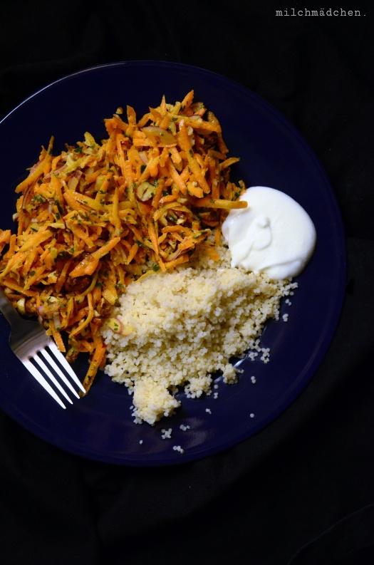 Rezept Möhren-Haselnuss-Salat mit Tahindressing