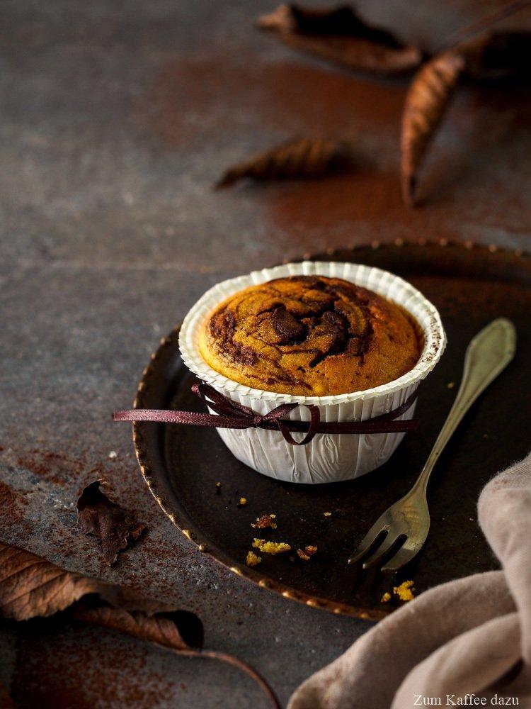 Rezept Muffins mit Kürbis, Espresso und Zartbitterschokolade
