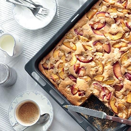 Rezept Nektarinen-Pflaumen-Joghurtkuchen