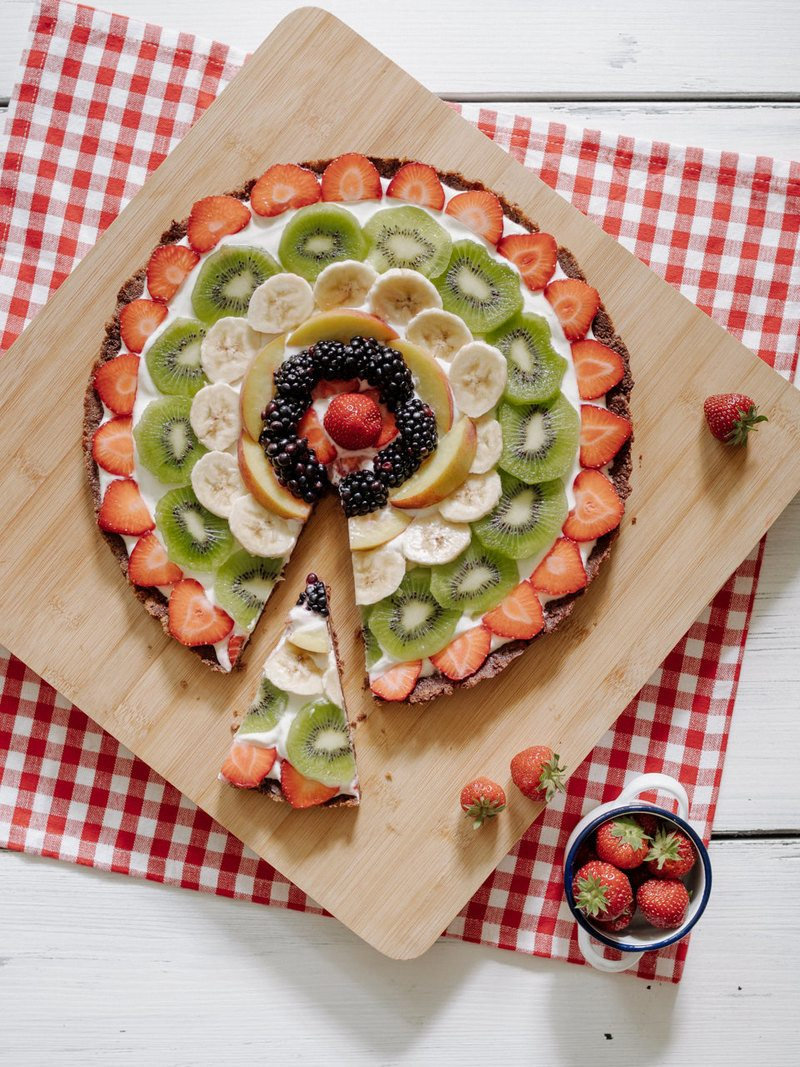 "Rezept ""No Bake Fruit Pizza"" (Fruchtpizza) mit Cheesecake Boden"