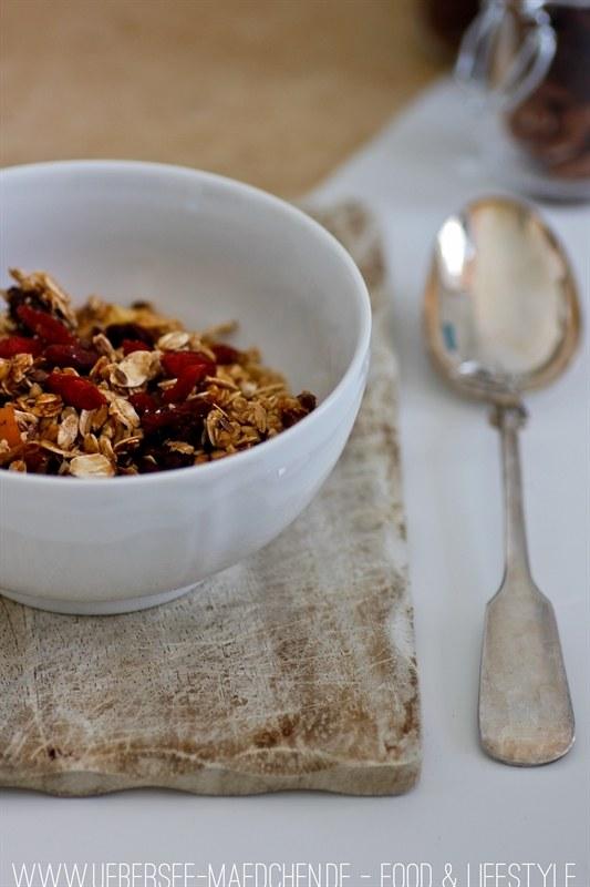 Rezept Nuss-Granola zum Frühstück
