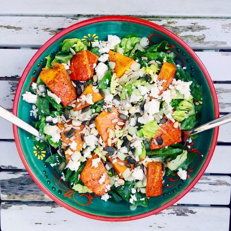 Rezept Ofenkürbis auf Salat mit Feta