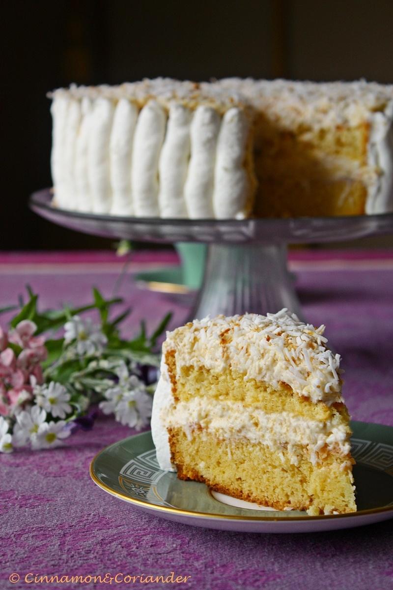 Rezept Omas Raffaello Torte mit Eierlikör & weißer Schokolade