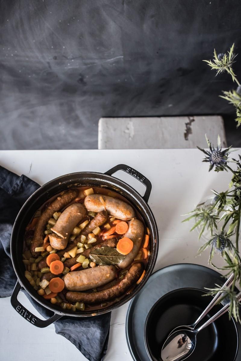 Rezept One Pot Soulfood: Kichererbseneintopf mit Wurzelgemüse, Salsiccia und Merguez