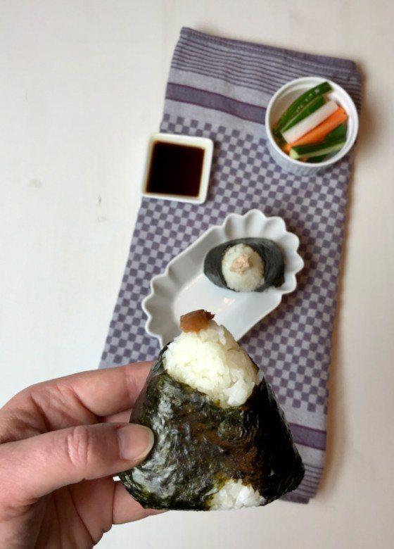 Rezept Onigiri お握り – japanische Reisbällchen mit Füllung