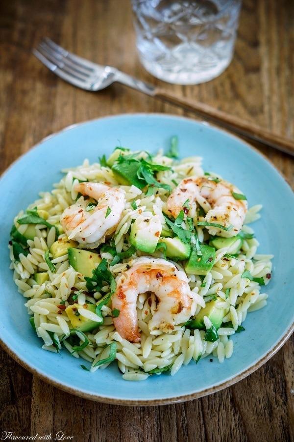 Rezept Orzo-Salat mit Avocado und Garnelen