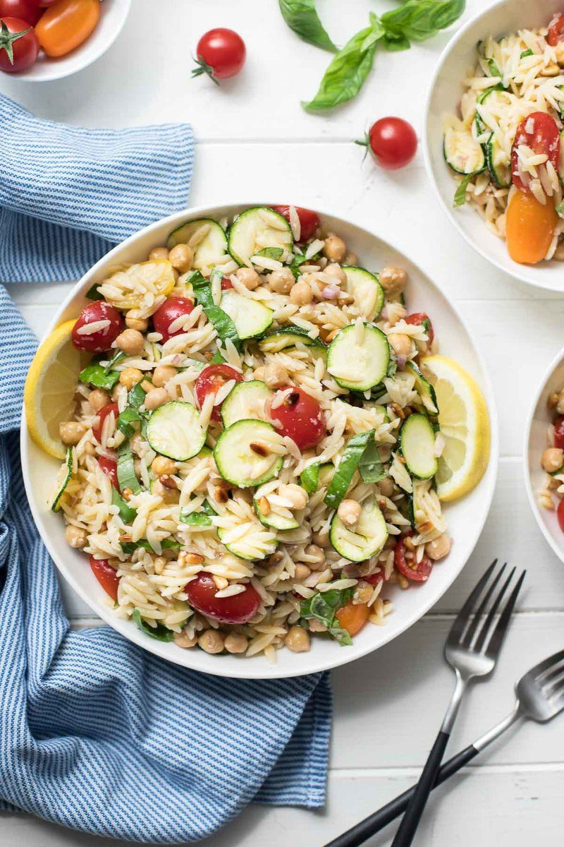 Rezept Orzo Salat (Nudelsalat) mit Zucchini und Kichererbsen