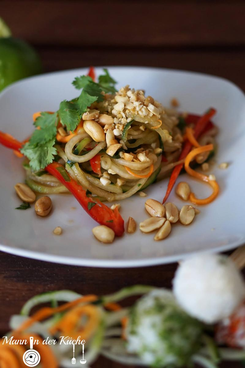 Rezept Pad Thai - Salat mit Sticky-Rice-Pops