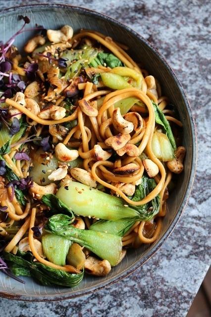 Rezept Pak Choi-Udon-Bowl mit marinierten Pilzen