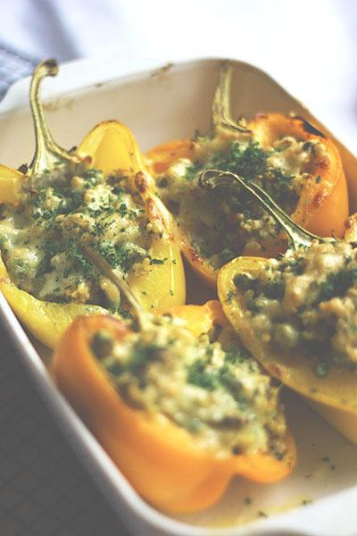 Rezept Paprika mit Hirse-Erbsen-Füllung