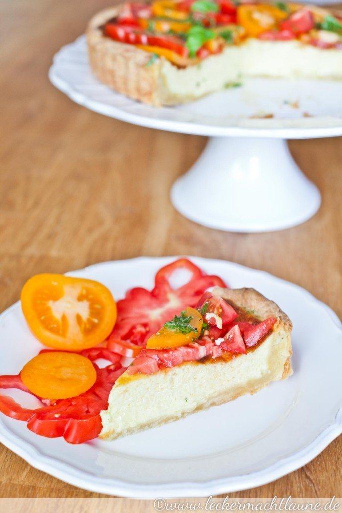 Rezept Parmesan-Tarte mit Tomaten-Salat