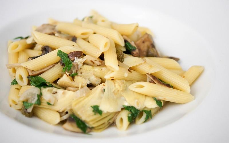 Rezept Pasta mit Artischocken und wilden Pilzen