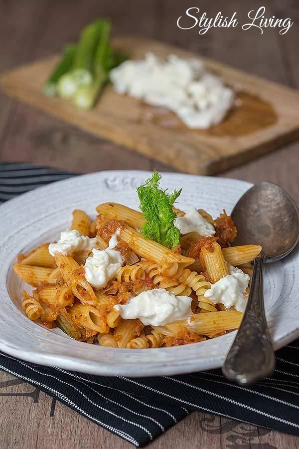 Rezept Pasta mit Fenchel-Tomaten-Gemüse und Büffelmozzarella