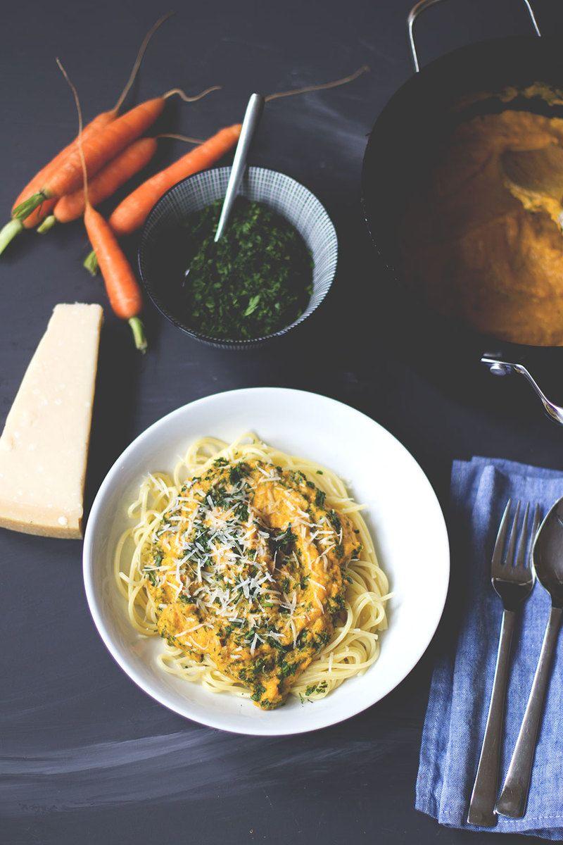 Rezept Pasta mit Möhrensauce und Möhrengrün