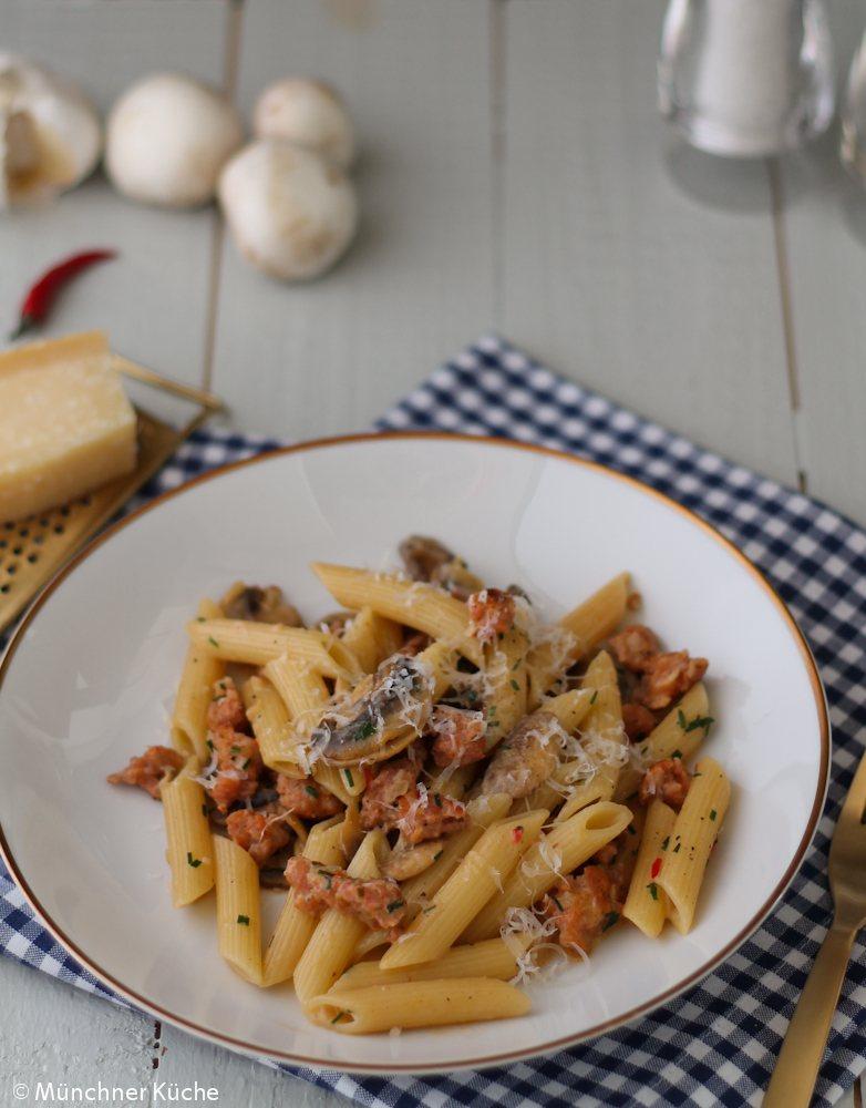 Rezept Pasta mit Salsiccia und Pilzen