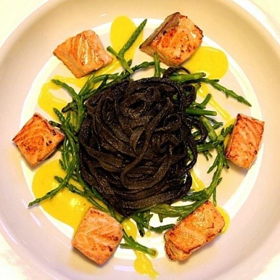 Rezept Pasta nera, salmone e salicornia
