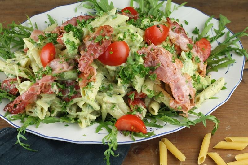 Rezept Pastasalat mit Avocado-Dressing