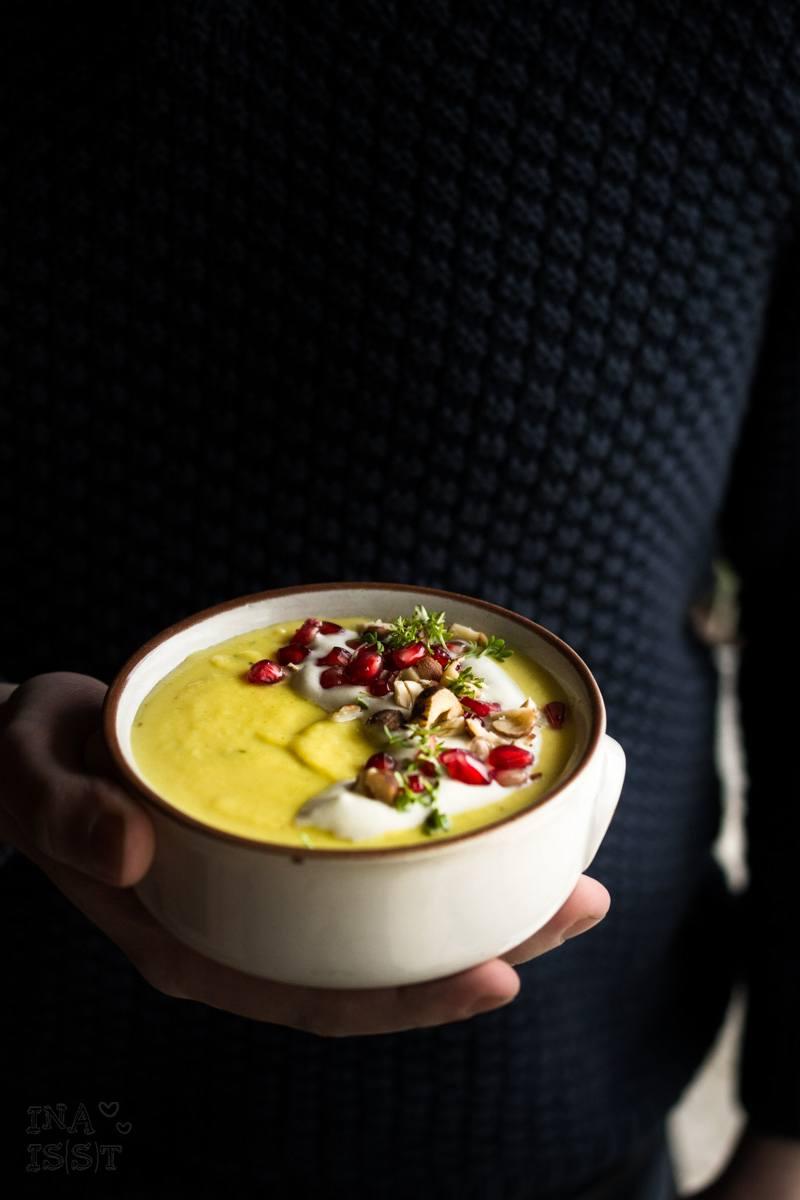 Rezept Pastinaken-Senf-Suppe mit Kresse und Granatapfel