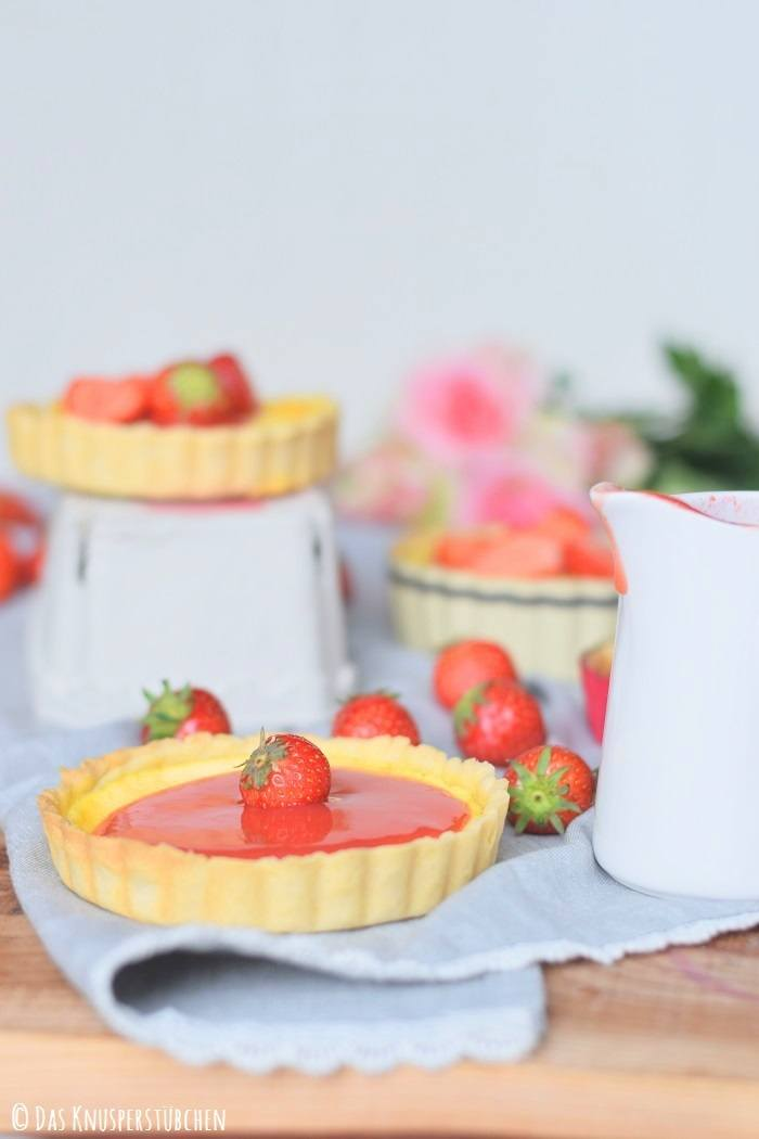 Rezept Pudding Tartelettes mit Erdbeersauce